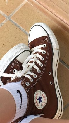 Dr Shoes, Swag Shoes, Hype Shoes, Me Too Shoes, Converse Verte, Mode Converse, Cute Sneakers, Shoes Sneakers, Shoes Heels