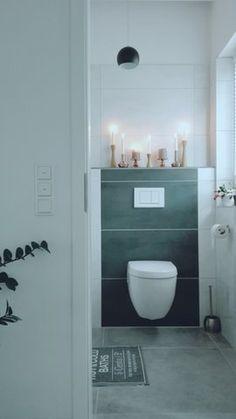 Gäste WC wird auch etwas Weihnachtlich - Foto von Des #solebich #interior #toilet #restroom #loo #bathroom #washroom #candle #candleholder #blackandwhite #einrichtung #WC #gästeWC #toilette #kerze #kerzenständer #kerzenhalter #schwarzundweiß