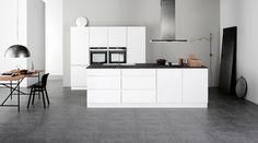 Nieuwe serie #keukendeurtjes ook geschikt voor badkamer en garderobe. Warme en natuurlijke look #Kvik. www.wonen.nl/informatie/Kvik-keukendeurtjes:-Scandinavisch-design/5399