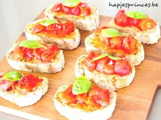 tomatenbruschetta - HAPJE - APERO - GEZOND ETEN - TOMATEN