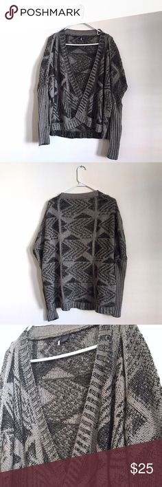 UO Sparkle & Fade Knit Open Front Cardigan Sparkle & Fade from Urban Outfitters. Dark and light grey asymmetrical monochromatic arrow design. Sleeves fit tight, shoulder hem hits off shoulder. Open front. Very good condition. Urban Outfitters Sweaters Cardigans
