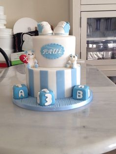 Christening cake white and Blue. #revesetgourmandises