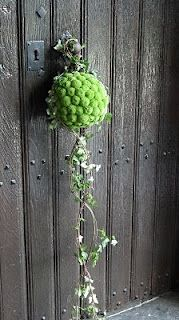 A Modern & Contemporary Cascading Pomander Ball Bouquet Of Green Chrysanthemums, Green Trailing Ivy by Florist/Artist Daniel Ost^^^^ Daniel Ost, Deco Floral, Arte Floral, Floral Design, Ikebana, Floral Bouquets, Wedding Bouquets, Art Floral Noel, Bouquet Champetre
