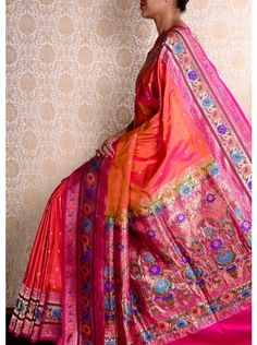 Peach Paithani Saree India Fashion, Fashion Wear, Asian Fashion, Indian Beauty Saree, Indian Sarees, Traditional Sarees, Traditional Outfits, Indian Dresses, Indian Outfits