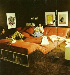 So 70s, but not a bad idea at all....Interior design by Terence Conran, 1976