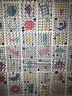 VERY RARE JACQUELINE GROAG 'BASIC ENGLISH' 50s FABRIC LUCIENNE DAY ERA TEXTILE | eBay Geometric Patterns, Geometric Shapes, Lucienne Day, Flower Collage, Teak Furniture, Fabrics, Mid Century, Textiles, Ceramics