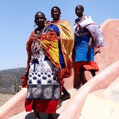 #masaai #Kenya #squadgoals (photo @trevor_stuurman ) Beauty Around The World, Squad Goals, Kenya, Samurai, Samurai Warrior