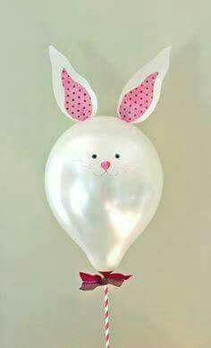 Bunny balloon, which I made by customising simple pearlised balloons with bunny ears cut from vellum, and a hand-drawn face. I added a bow and then threaded and glued a stripy straw onto each stick. Kids Crafts, Easter Crafts, Easter Ideas, Bunny Party, Easter Party, Deco Ballon, Balloon Crafts, Bunny Birthday, Balloon Animals