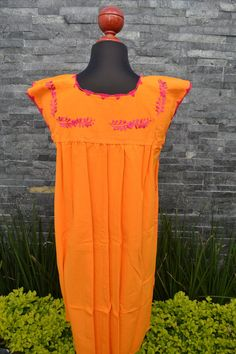 Chiapas Flowered Dress Huipil Dress Mexican Dress   Etsy Mexican Outfit, Mexican Dresses, Mexican Style, Mexican Embroidered Dress, Embroidered Blouse, Traditional Mexican Shirts, Mexican Clothing, Ethnic Dress, Beautiful Blouses