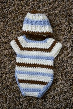 Lots of info about making angel baby outfits - links for patterns included