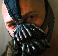 Cool! 1st pic I've seen of just Tom's face as Bane. His poor face looks kinda squashed, hope it wasn't 2 uncomfortable. I always wondered how it was breathing given it covers his nose & mouth. Shit Actors do @ times is crazy like constant weight gain/loss which is very dangerous. Tom Hanks announced he has Diabetes few yrs ago & Drs say it was caused by losing/gaining a lot of weight 2 fast 4 movie roles. Tom said he's damaged his body & some body parts crack/pop that shouldn't. Not Good…