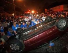 Another overturned car after Kentucky wins National Championship