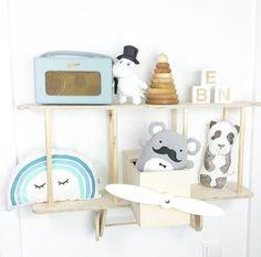 upwarsaw-bi-plane-shelf-photo-lisalovesherlife
