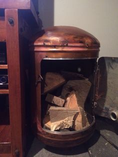 Wood box Outdoor Fire, Water Tank, Wood Boxes, Metal Art, Home Crafts, Repurposed, Garden Design, Projects To Try, House Styles
