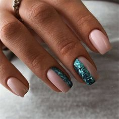 With the advent of winter, The new trendy manicure nails ideas have become popular, let's start exploring together. This series of trendy manicure nails ideas includes a variety of nail design styles and colors. Ten Nails, Hot Nail Designs, Minimalist Nails, Manicure E Pedicure, Dream Nails, Nagel Gel, Stylish Nails, Perfect Nails, Simple Nails