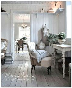 Shabby Chic home decor knowledge ref 5368741628 for for one totally smashing, brilliant room. Kindly visit the diy shabby chic decor ideas website now for more ideas. Swedish Decor, French Decor, French Country Decorating, Swedish Interior Design, French Cottage Decor, Interior Blogs, Swedish Cottage, Country House Interior, Decoration Shabby