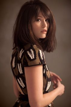 Gemma Arterton, chocolate 'lob' with bangs