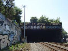 Freedom Tunnel entrance
