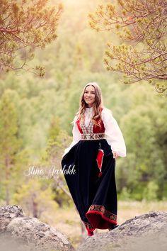 elise-18 Portrait Inspiration, Senior Photos, Folklore, Norway, Traditional, Suits, Creative, Photography, Dresses