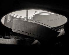 the urban architecture of tel aviv