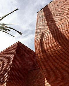 ysl marrakech designed by studio_ko Brick Architecture, Interior Architecture, Exhibition Display, Facade, Yves Saint Laurent, Museum, Photo And Video, Beautiful, Brickwork