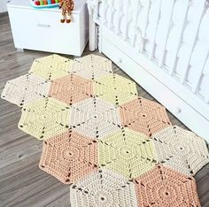 Одноклассники Projects To Try, Crochet Patterns, Blanket, Rugs, Mini, Outfits, Decor, Easy Crafts, Cool Ideas