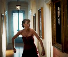 """What Part Of Taylor Swift's """"Blank Space"""" Video Are You"""