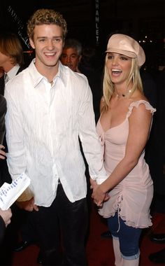 Pin for Later: The Crossroads Movie Premiere Was So Awesomely 2002 Then-couple Justin Timberlake and Britney Spears walked the red carpet together.