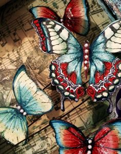 Love the Tim Holtz and Finnabair butterflies. They are a dream to colour !!!