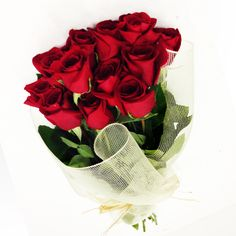 2c19bde1e28ed Make your Loved ones feel special by giving Beautiful Love Flowers. Buy  Flowers Online