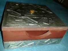 Caja repujado en aluminio