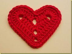 Bonjour tout le monde Je vous propose aujourd'hui des modèles gratuits des cœurs au crochet , des modèles des cœurs au crochet avec leurs patrons gratuits , j'espère que vous trouverez votre bonheur ... Voici un joli coeur au crochet , le tuto et le pas...