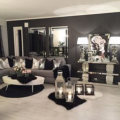 Having small living room can be one of all your problem about decoration home. To solve that, you will create the illusion of a larger space and painting your small living room with bright colors c… Glam Living Room, Living Room Decor Cozy, Home And Living, Living Room Furniture, Modern Living, Rustic Furniture, Small Living, Glam Room, Decor Room