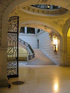 Beautiful classic staircase inside the Nouvelle Sorbonne, Paris, France
