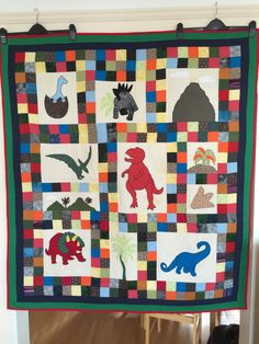 Thanks so much to Leila D. for the picture of the quilt she made from my pattern!  She only used fabrics from her stash on the quilt top....fabulous!
