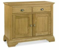 Hampstead Oak Narrow Sideboard http://solidwoodfurniture.co/product-details-oak-furnitures-3908-hampstead-oak-narrow-sideboard.html
