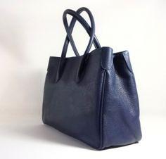 ESMADA. | Italiaanse leren tassen | portemonnees | riemen | shawls