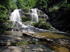 Long Creek Falls is great sight seeing and hiking adventure! Great fun for family members of all ages. Waterfall is amazing and worth the hike. Don't miss this!