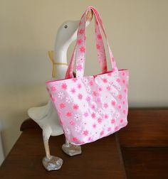 Rose Quartz girls handbag Pink taffeta daisy by RobynFayeDesigns