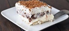 A dessert bond with extraordinary name united with exceptional taste. Various opinions will rise up upon hearing this dessert's name. What is really this dessert, and how to serve one? This dessert… 13 Desserts, Dessert Recipes, Dessert Healthy, Cheesecake Recipes, Turtle Cheesecake, Cheesecake Pudding, Lasagna Recipes, Layered Desserts, Recipes Dinner