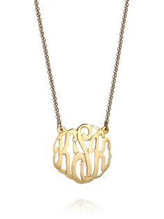 Add some vintage charm to any outfit with a classic script monogram pendant. Perfect alone or for layering, this is a piece you will reach for again and again. Our customizable pendants let you select pendant size, chain length, and metal color, so you can be sure this piece will be made just for you.