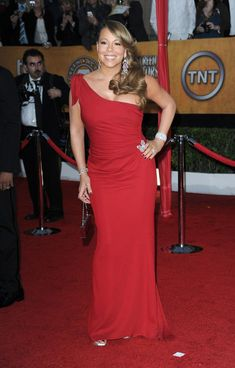 Mariah Carey Photos - Singer Mariah Carey arrives at the 16th Annual Screen Actors Guild Awards held at the Shrine Auditorium on January 23, 2010 in Los Angeles, California. - 16th Annual Screen Actors Guild Awards - Arrivals