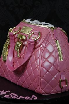 Paul's Boutique Handbag Cake Side View by Kingfisher Cakes, via Flickr