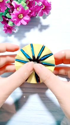 Diy Crafts To Do, Paper Crafts Origami, Diy Crafts Hacks, Paper Crafts For Kids, Creative Crafts, Craft With Paper, Hard Crafts, Diy Paper, Instruções Origami