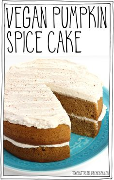 Vegan Pumpkin Spice Cake - - This easy to make, super moist cake is the perfect dessert for Thanksgiving or to welcome the autumn season. Spread with fluffy pumpkin spice frosting or serve without. Healthy Vegan Dessert, Cake Vegan, Vegan Dessert Recipes, Vegan Treats, Vegan Foods, Cake Recipes, Vegan Thanksgiving Desserts, Vegan Pie, Top Recipes