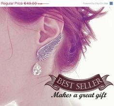 25 Angel Wing Earrings Swarovski Crystal Drop Earrings by Aranwen, €36.75