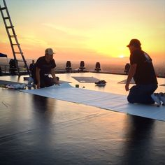 It always helps to have this sort of view during an installation! Nike Free Optimist on top of the AT&T Center in Los Angeles just in time for sunrise    Nike Free, Sunrise, Meet, Entertaining, Creative, Prints, Top, Sunrises, Funny