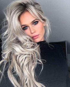 5 Tonos de cabello TAN lindos que le roban protagonismo al balayage