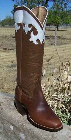 Mustang  Coronado Collar  No Stitch  Brown Bottom