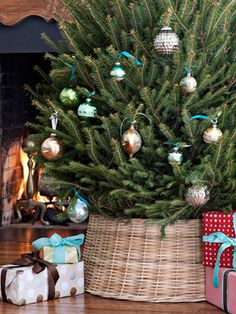 Surprising 1000 Images About Christmas Tree Skirts Stands Amp Bases On Easy Diy Christmas Decorations Tissureus